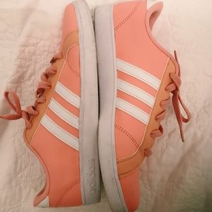 Adidas leather peach shoes